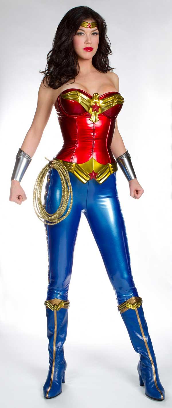 Wonder Woman - Adrienne Palicki