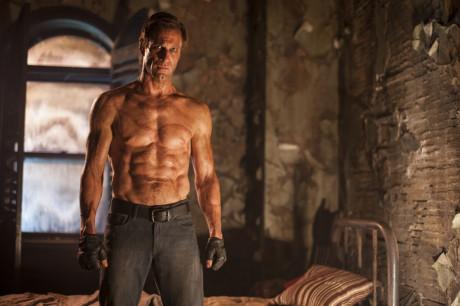 I,Frankenstein - Aaron Eckhart senza maglietta