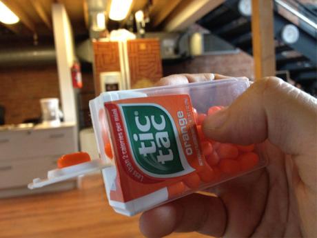 Come mangiare i Tic Tac