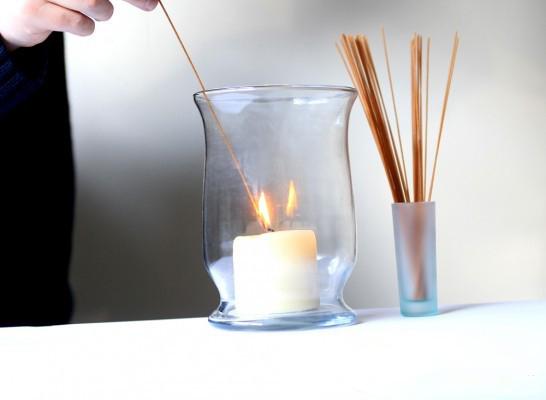 Spaghetti per accendere una candela