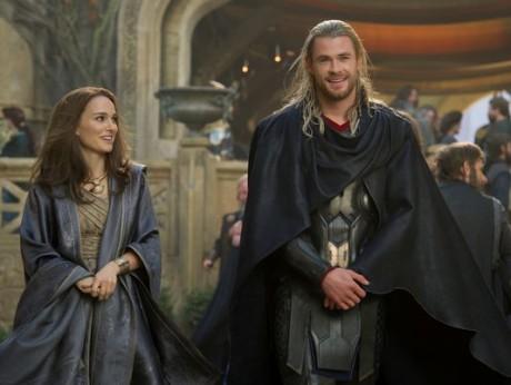 Thor - The Dark World - Natalie Portman e Crhis Heimsworth